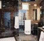 Обробка ванної мармуровою плиткою